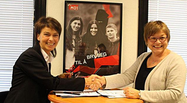Bilde av Sigrun Vårvik og May Kristin Salberg